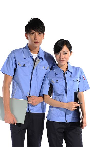 浅蓝色时尚工服